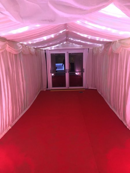 3m entrance with red carpet