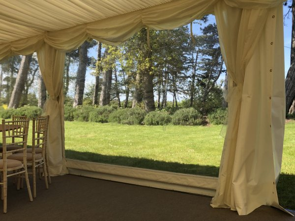 9m frame marquee with panoramic windows