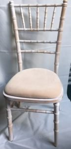 Limewash Chiavari chair with ivory pad