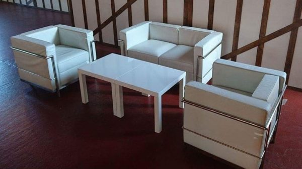 Le Corbusier arm chair white